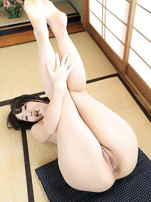 Spreading Asian Porn